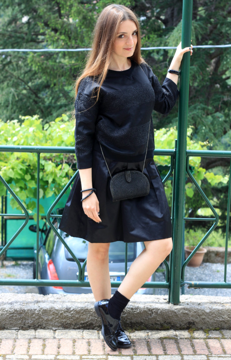 total black outfit 7