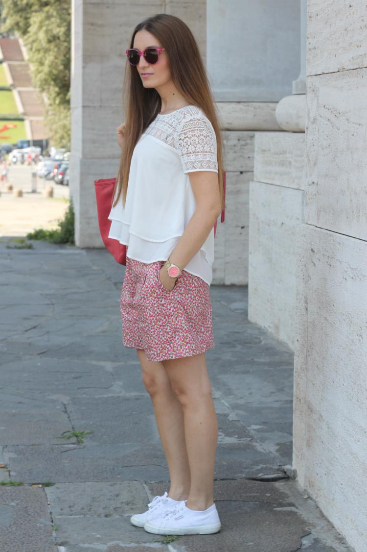 shorts a fiori