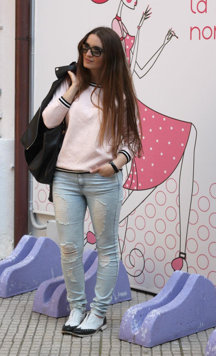 jeans strappati zara
