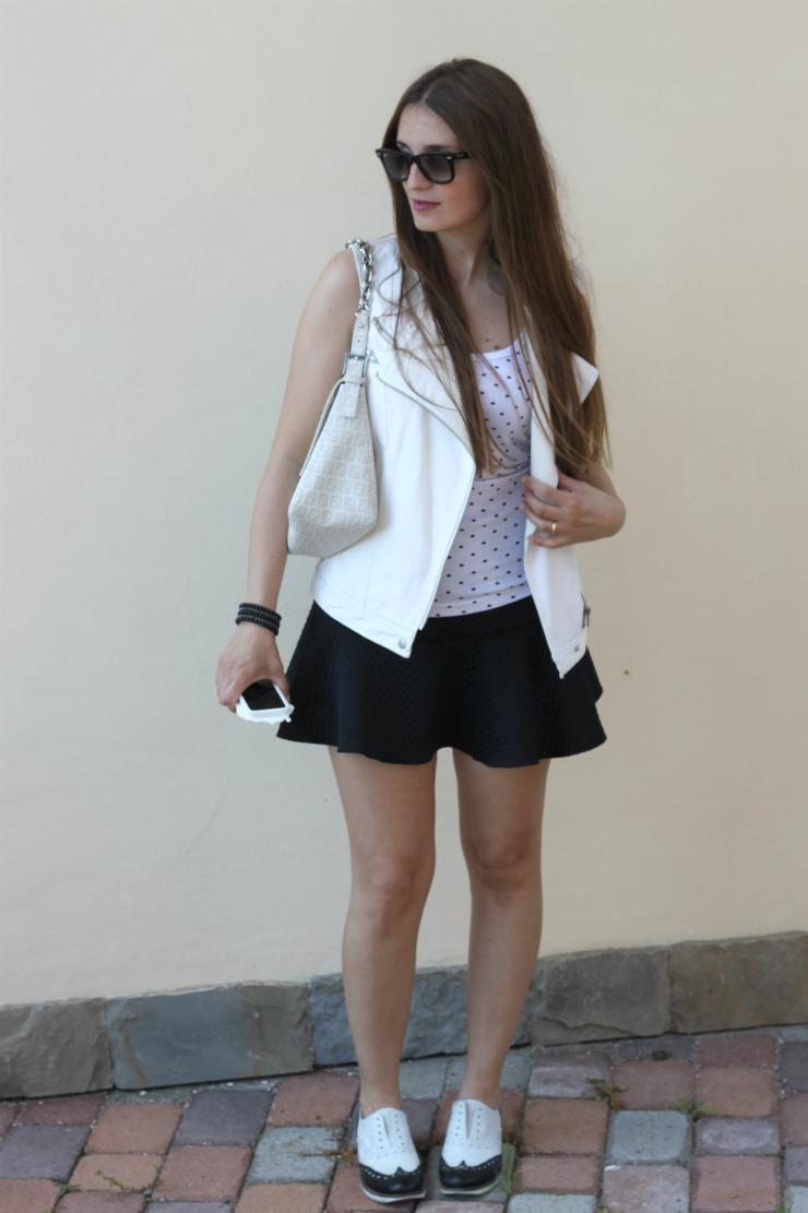 outfit bianco e nero 2