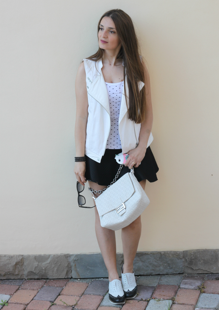 outfit bianco e nero 5