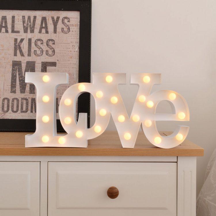lampada-led-love-c5b